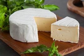 Сыр Бри мягкий с белой плесенью. Вес: 125 гр